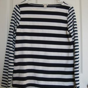 J. Crew Blue and Cream Long-Sleeved Striped Tee S